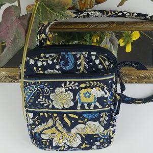 NWT, Vera Bradley, Blue Floral cross body bag.